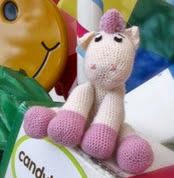 http://translate.googleusercontent.com/translate_c?depth=1&hl=es&rurl=translate.google.es&sl=en&tl=es&u=http://web.archive.org/web/20070104045405/http://www.allfreecrafts.com/crochet/horse.shtml&usg=ALkJrhg6hPzrisdqrSD2KJi066Q0Y9Z9Ug