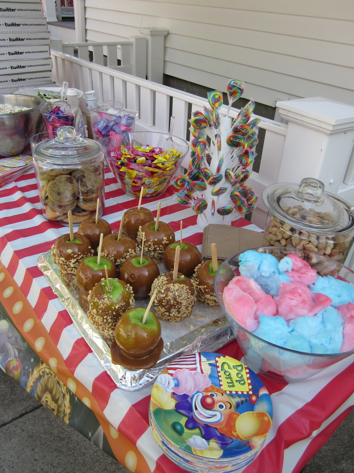 Food fashionista perfect day for a 1 year old birthday party for 1 year birthday decorations