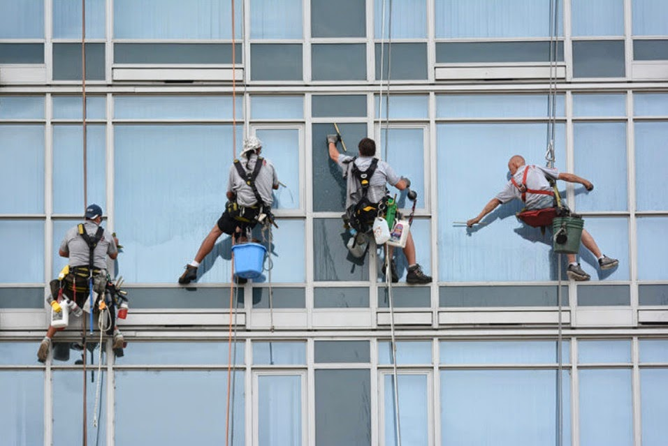 Robinson-Solutions Professional Window Cleaning: June 2014