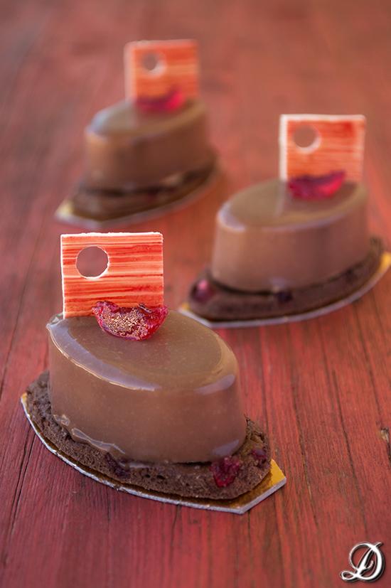 Pastelitos de Chocolate, Mantequilla de Cacahuete y Cerezas