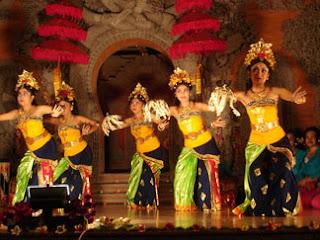 Sejarah Tari Pendet (Bali)