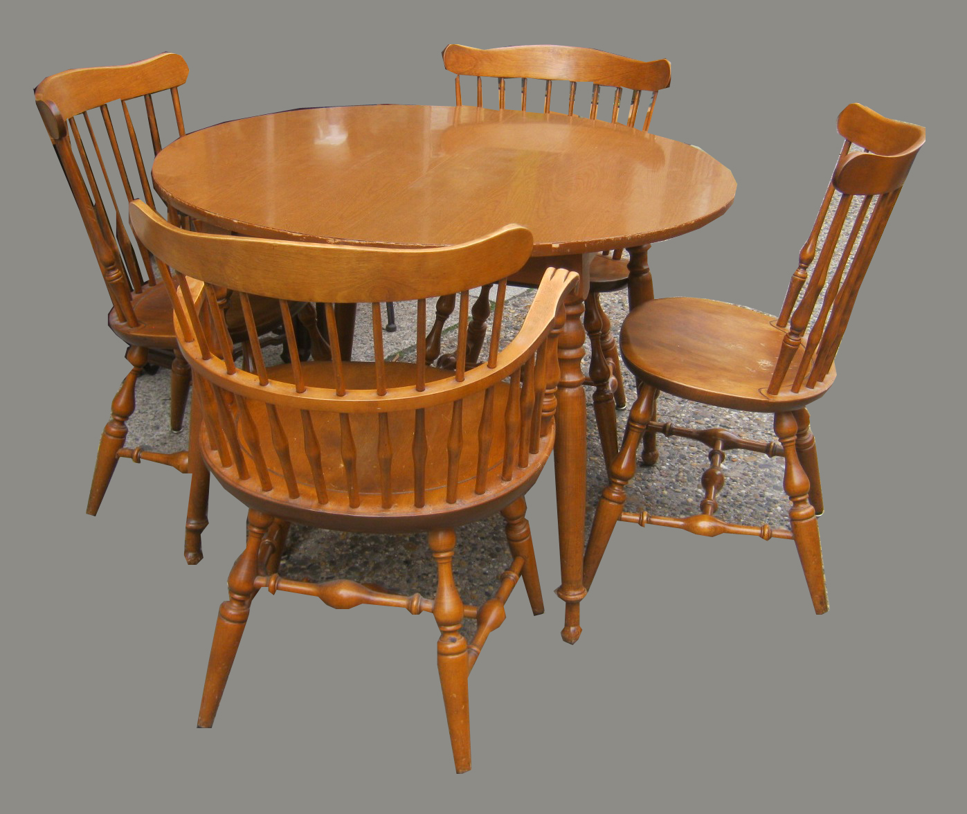 Uhuru Furniture Collectibles Country Kitchen Table W 4 Windsor Chairs Sold
