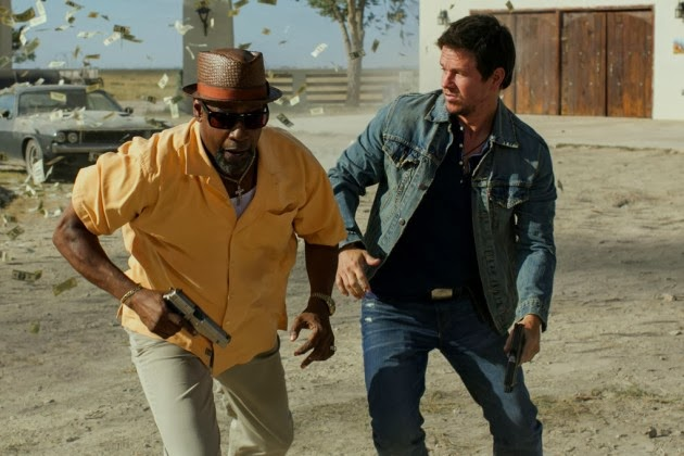 Denzel Washington and Mark Wahlberg in 2 Guns