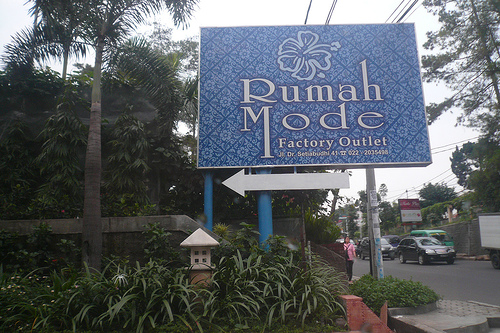 ZEN Premium Near Rumah Mode in Bandung - Hotels.com