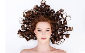 Phương pháp chăm sóc tóc uốn hiệu quả