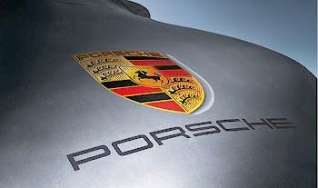 ΑΠΙΣΤΕΥΤΟ: 70χρονη πηγαίνει στο σούπερ μάρκετ με μια Porsche 918! [video]