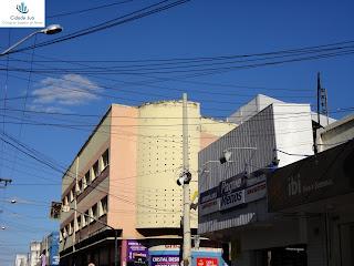 Poste da Rua São Pedro sem a câmera de vigilância.