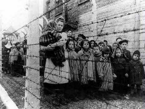"""В России детей """"в целях безопасности"""" отгородили от Деда Мороза решеткой - Цензор.НЕТ 3167"""