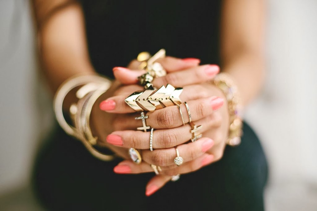 One Thousand Looks: MIDI RINGS