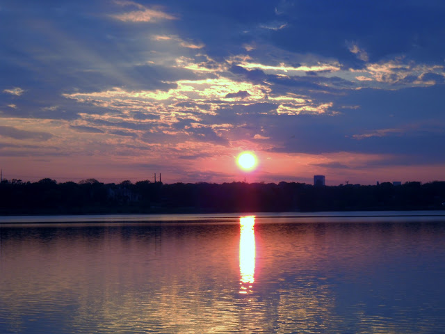 Sunset at White Rock Lake, Dallas, Texas