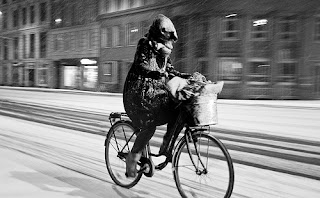 riding bike bicycle in the snow Copenhagen winter
