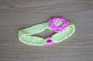 """alt=""""crochet flower headband, fita em crochet com flor, Boolero Rosários4"""""""