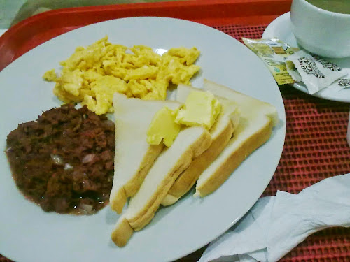 breakfast at highway 21 iloilo