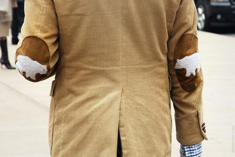 Фото как сделать заплатку на куртке