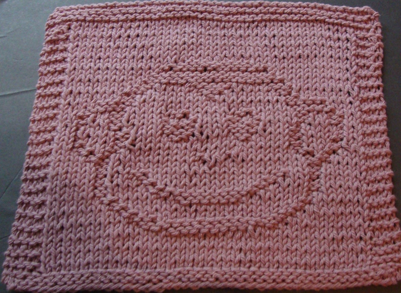 DigKnitty Designs: Another Monkey Face Knit Dishcloth Pattern