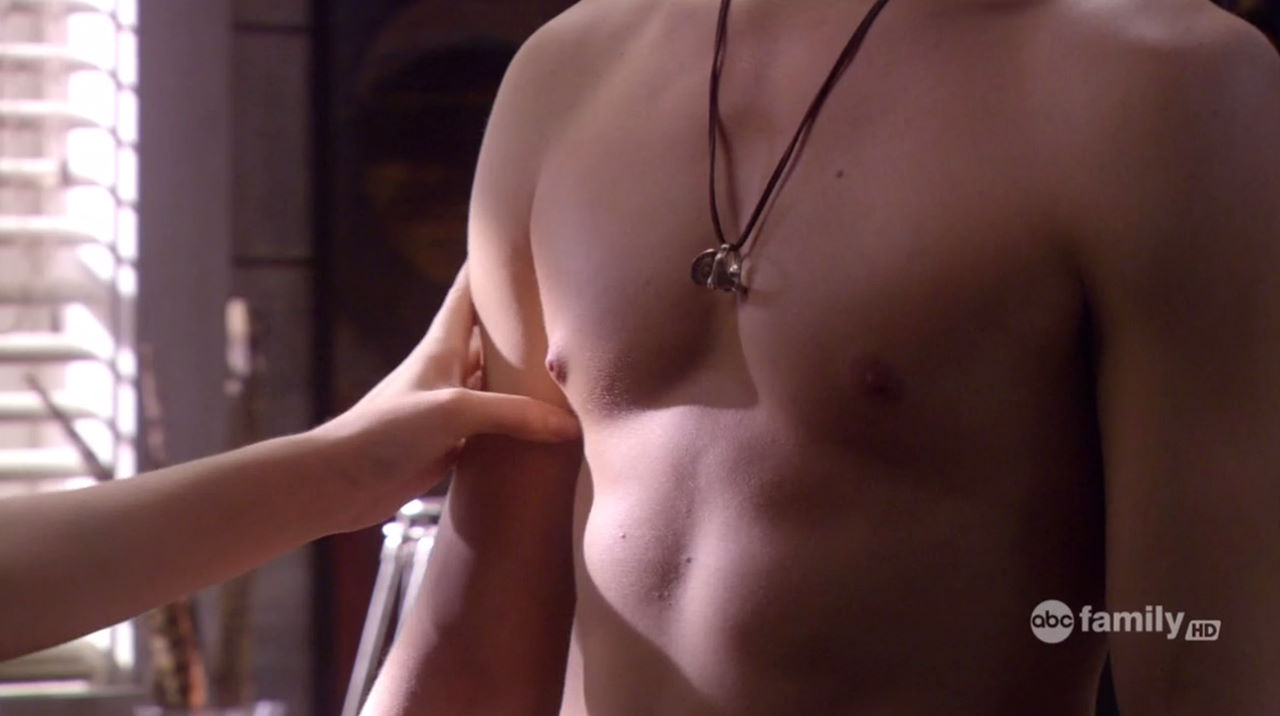 Shirtless: Jun 10, 2011 | Male