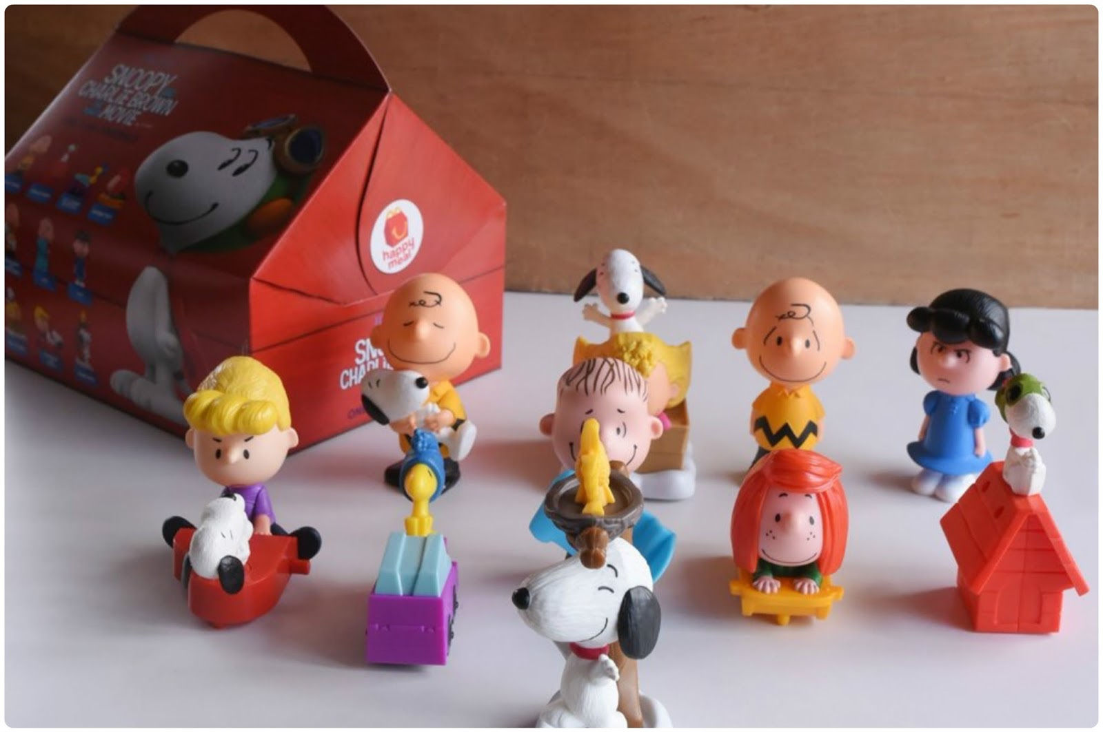 9c8f89345b Accidental Foodist  McDonald s Happy Meal – Snoopy and Charlie Brown ...