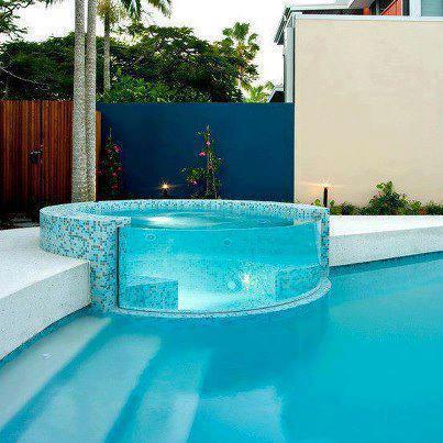 Showme nan awesome jacuzzi - Jacuzzi piscina exterior ...