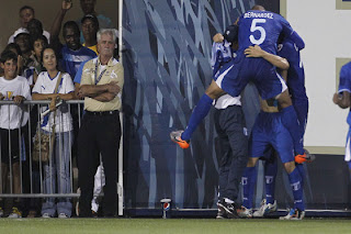 Honduras goleó Granada Copa de Oro 2011