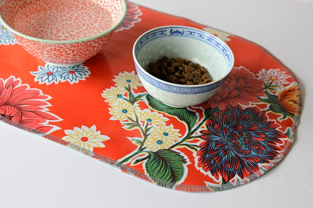 Sweet Verbena | Dog Food Bowl Mat