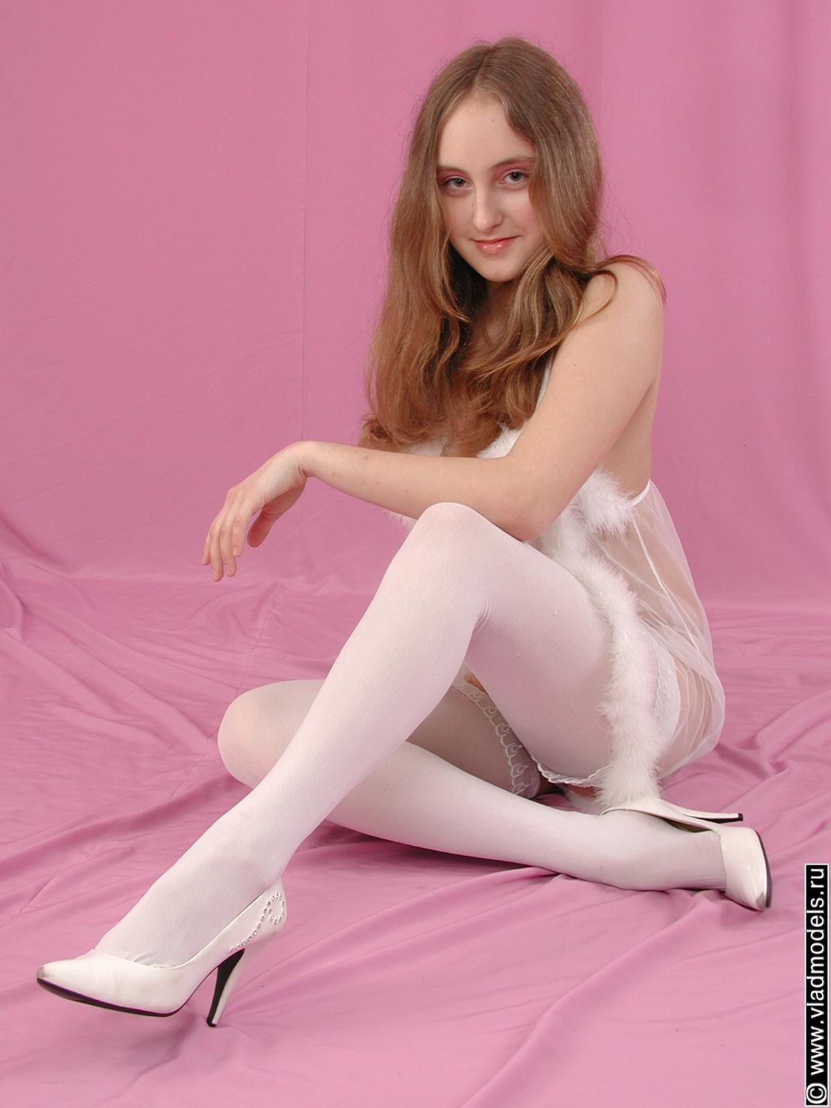 reup (vladmodel in white stocking) y092_Vladislava 024
