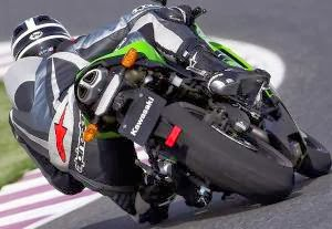 Briefing, curso de pilotagem de moto com o piloto Leandro Mello