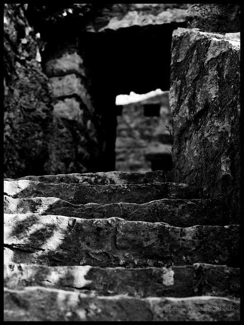 Stufen in der Ruine Reußenstein
