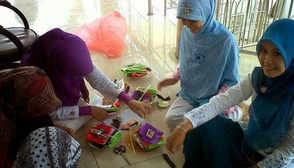 Usaha Sampingan Remaja Putri di Rumah Yang Menjanjikan Image