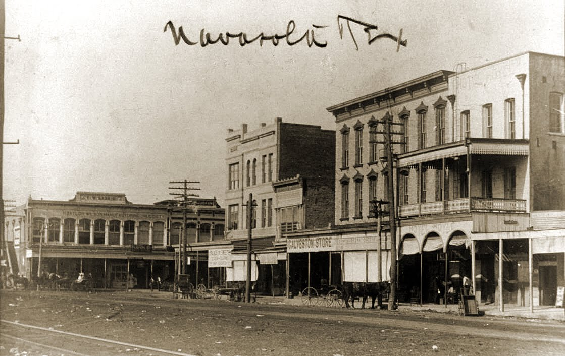 The Early Banks In Navasota Texas Citizen S National Bank At Corner Of Railroad St And Washington Avenue 1932 Sold Its Deposits