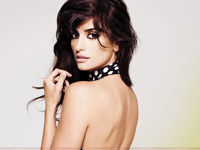 Penelope Cruz Hot Model Wallpaper