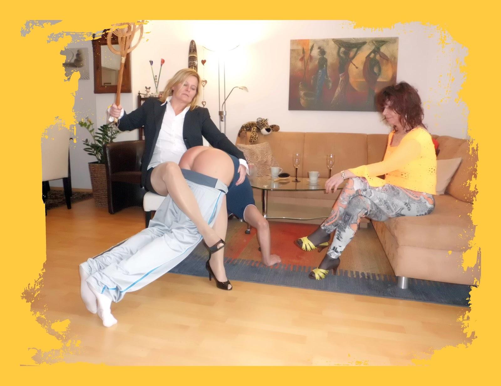 frau den arsch versohlen spanking video clips
