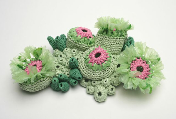 crochet art, crocheted sea creatures from plastic bags by Helle Jorgensen