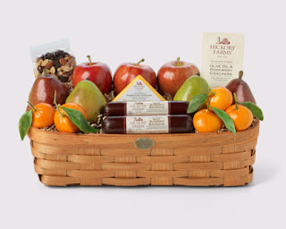 Hickory Farms Orchard's Bounty Gift Basket