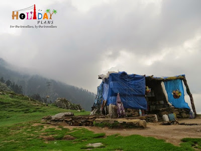 Food outlet at Triund Peak