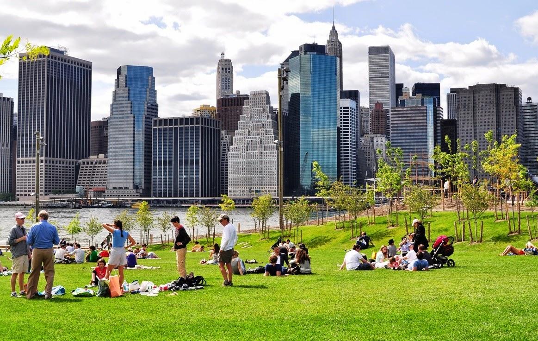Parque Brooklyn Bridge Park em Nova York