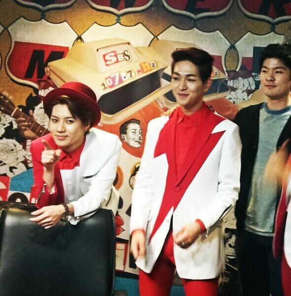 Shinee Taemin, Onew + Jang Ki Ha at Amazing Radio 130503