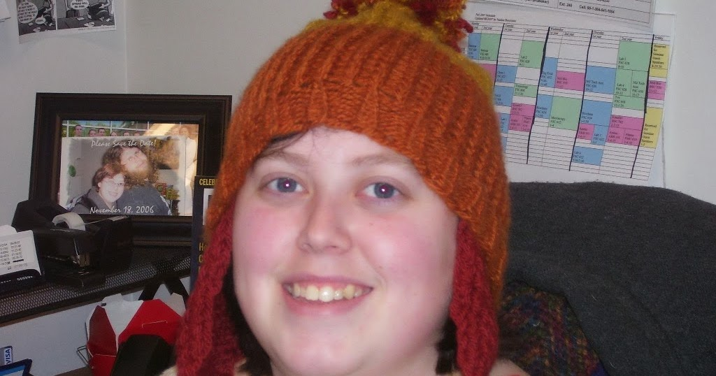 Nadine\'s Patterns: Cunning Hat - Loom Knit