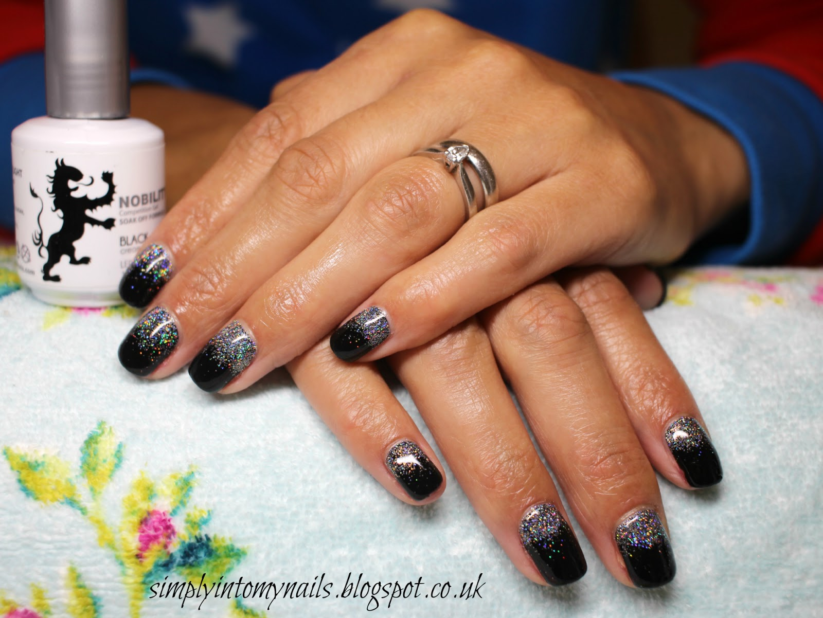 Magpie Glitter ~ Holly | Simply Into My NAILS