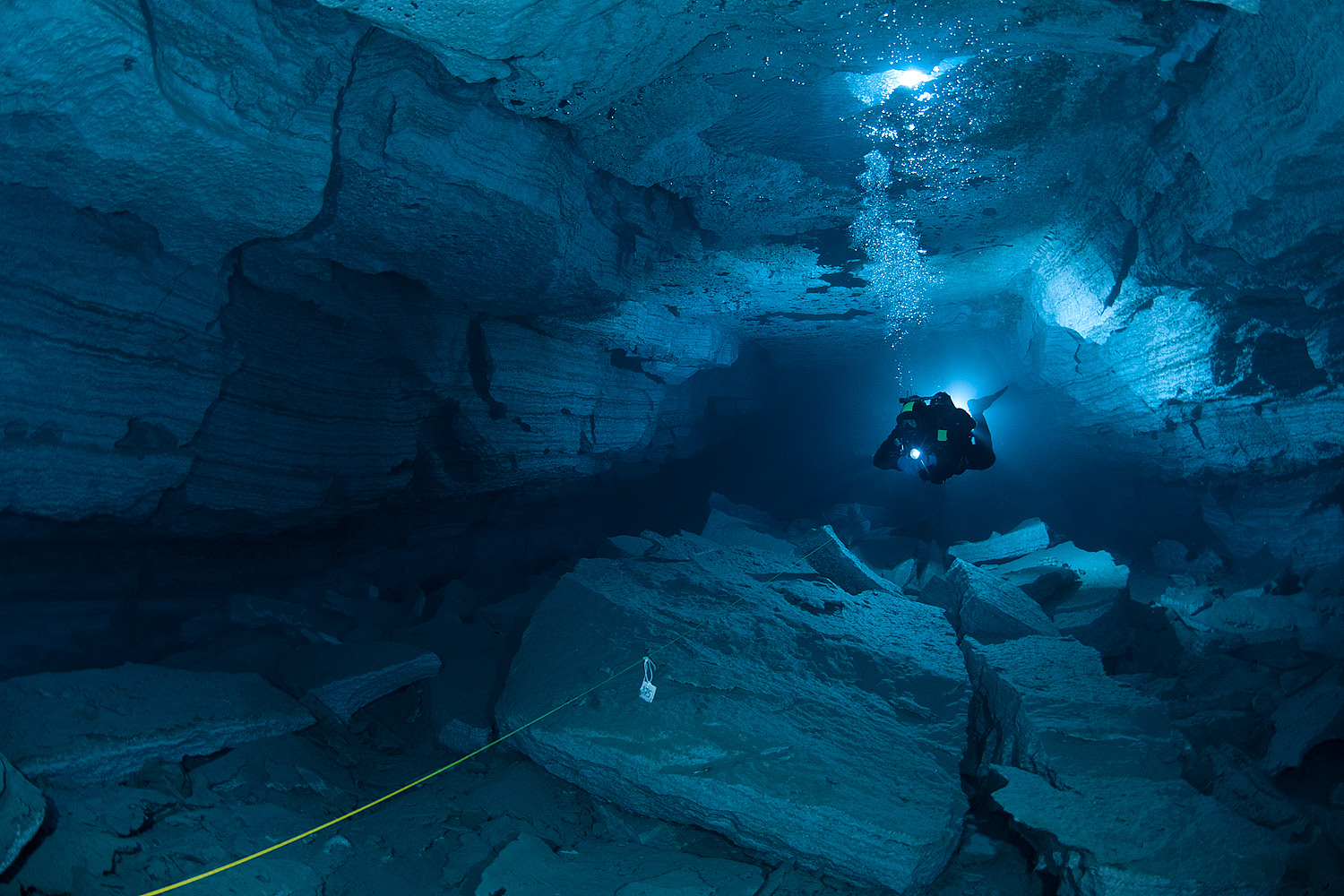 Orda Cave | New Stylish Wallpaper