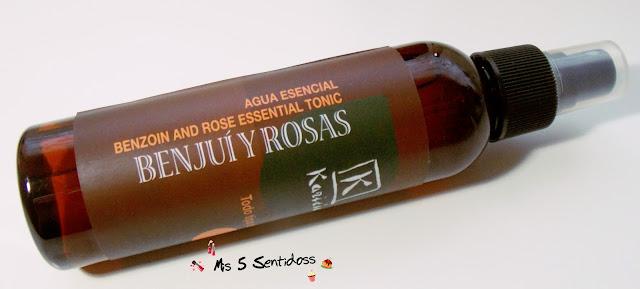 Karicia Agua esencial de Benjui y Rosas