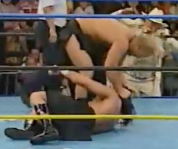Mnnliche Rip-n-strip-wrestling - biguzde