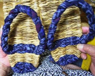 竹皮ぞうりの製作