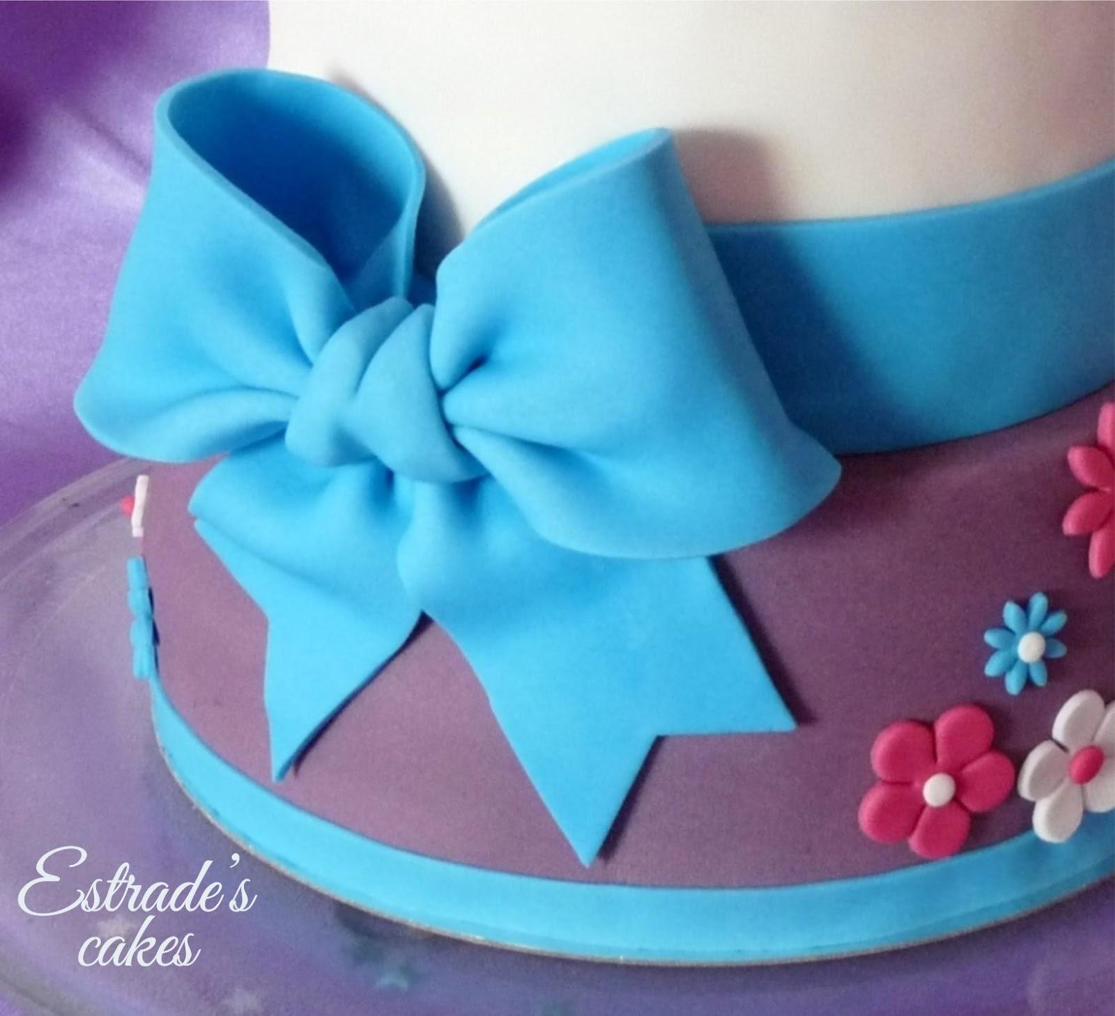 tarta de Violetta para cumpleaños - lazo