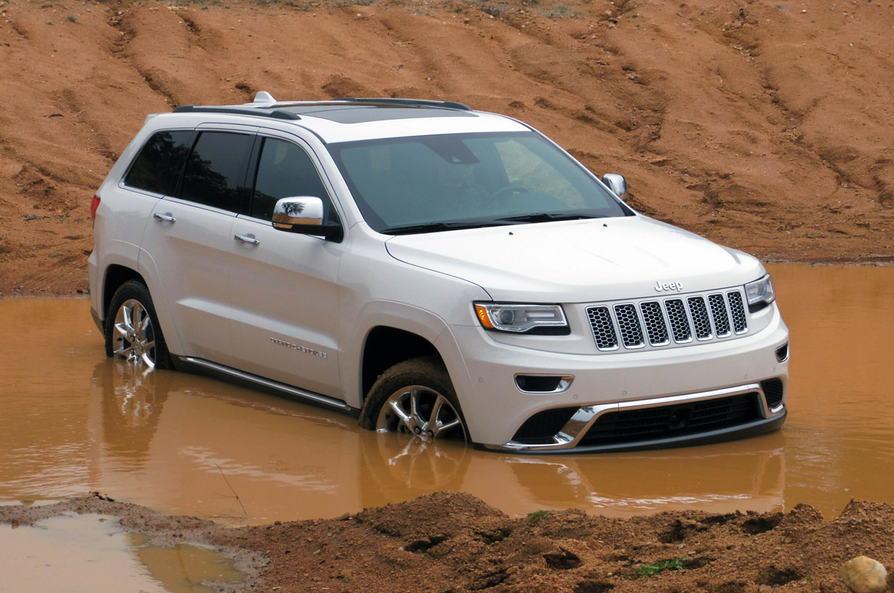 automotiveblogz 2014 jeep grand cherokee ecodiesel first drive photos. Black Bedroom Furniture Sets. Home Design Ideas