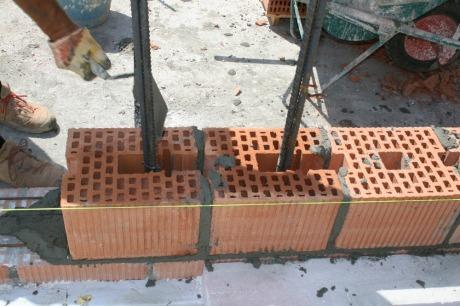 Le murature costruzione di unifamiliare con tamponature - Costi di costruzione di una casa ...