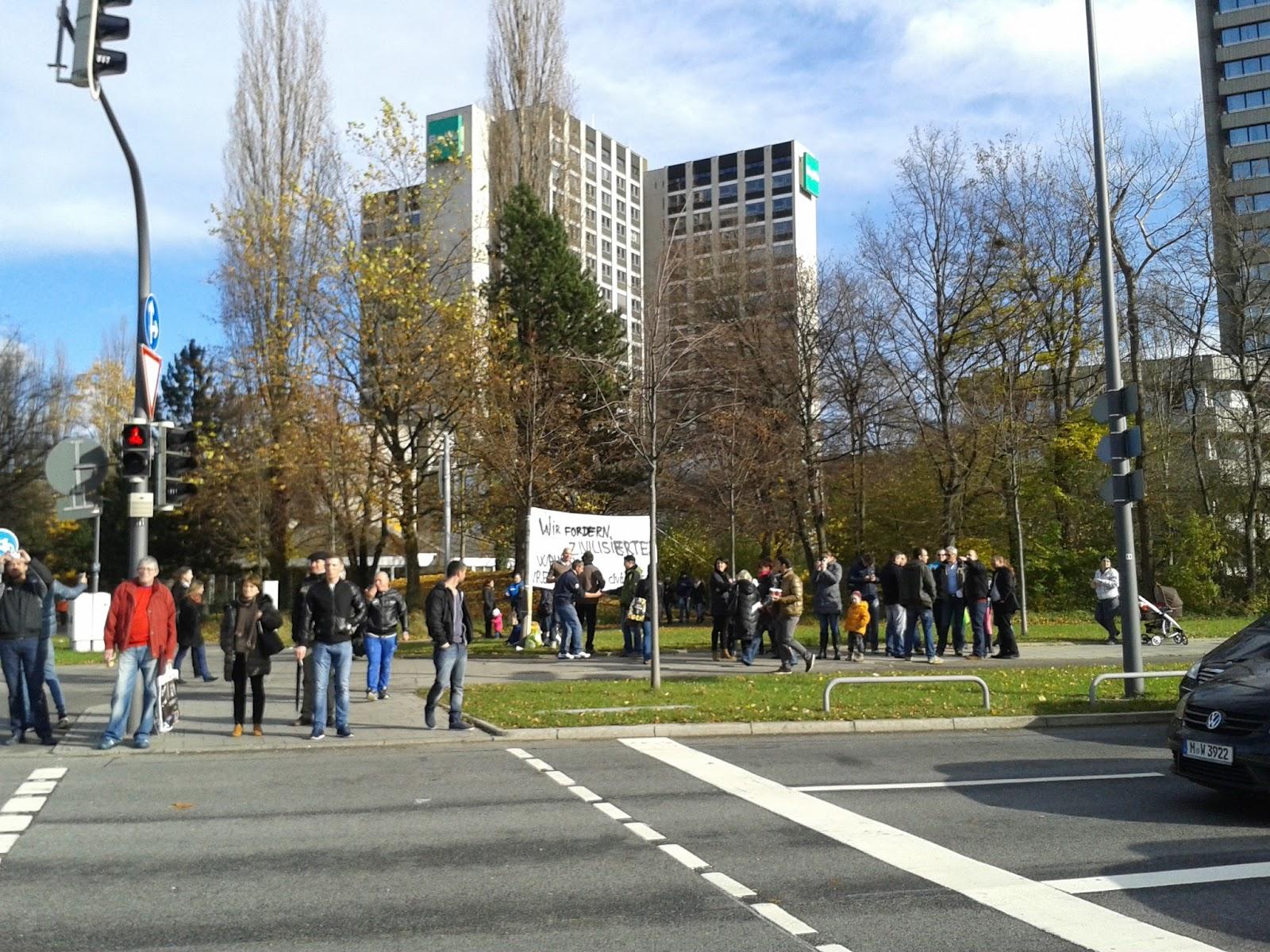Protest vizavi de Consulat