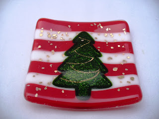 Red and green christmas tree glass dish by Glasspirations