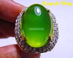 Batu Akik Permata Super Giant Green Fluorite