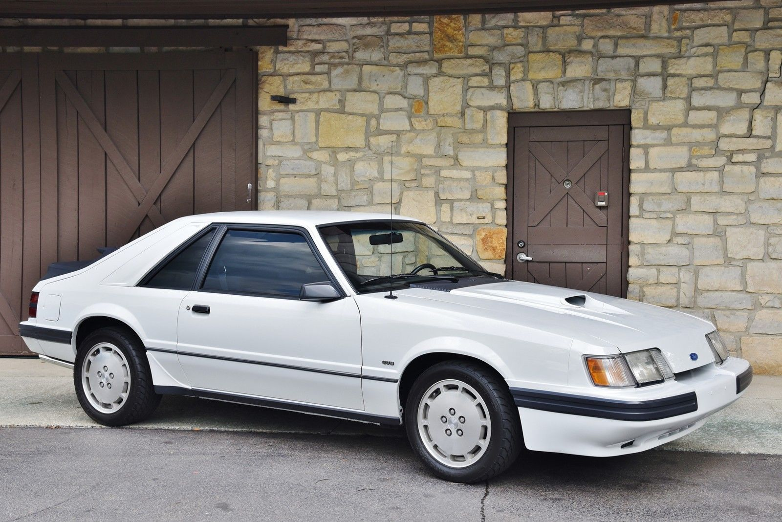 mustang svo 1986 ford turbo low mileage turbo tuesday. Black Bedroom Furniture Sets. Home Design Ideas