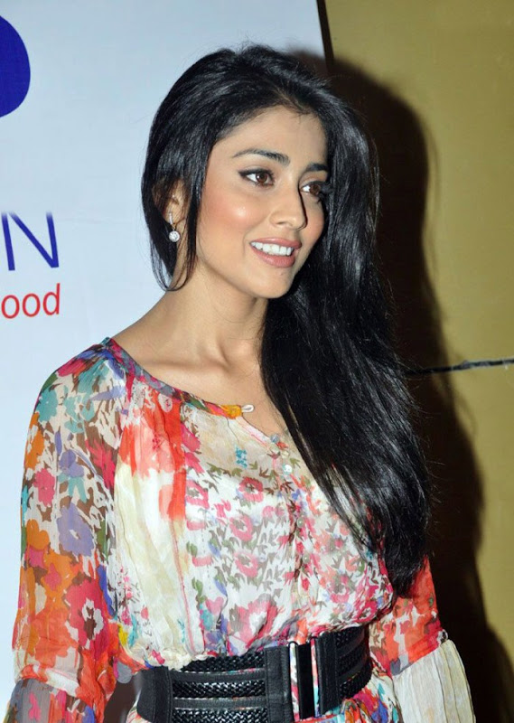 Shriya Saran at Cap Foundation Photoshoot images